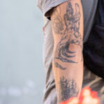 Тату лес дерево и рука на руке парня – Уличная татуировка (street tattoo)-29.09.2020-tatufoto.com 8