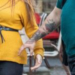 Тату надпись SEE THE LIGHT на правой руке парня – Уличная татуировка (street tattoo)-29.09.2020-tatufoto.com 8