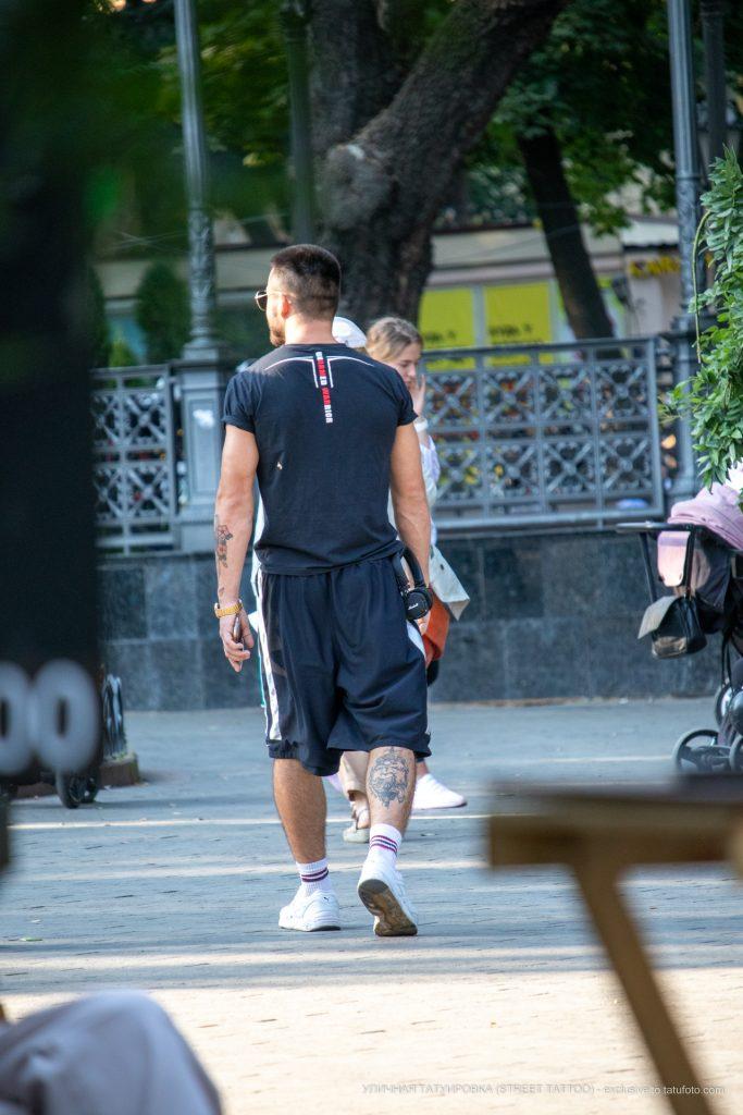 Тату на руке и ноге парня --Уличная тату-street tattoo-21.09.2020-tatufoto.com 3