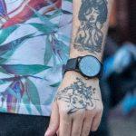Тату портрет девушки и покемон Пикачу на руке парня - Уличная татуировка 14.09.2020 – tatufoto.com 2
