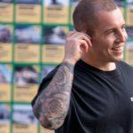 Тату рукав с цветами и пальмой на руке мужчины --Уличная тату-street tattoo-21.09.2020-tatufoto.com 2