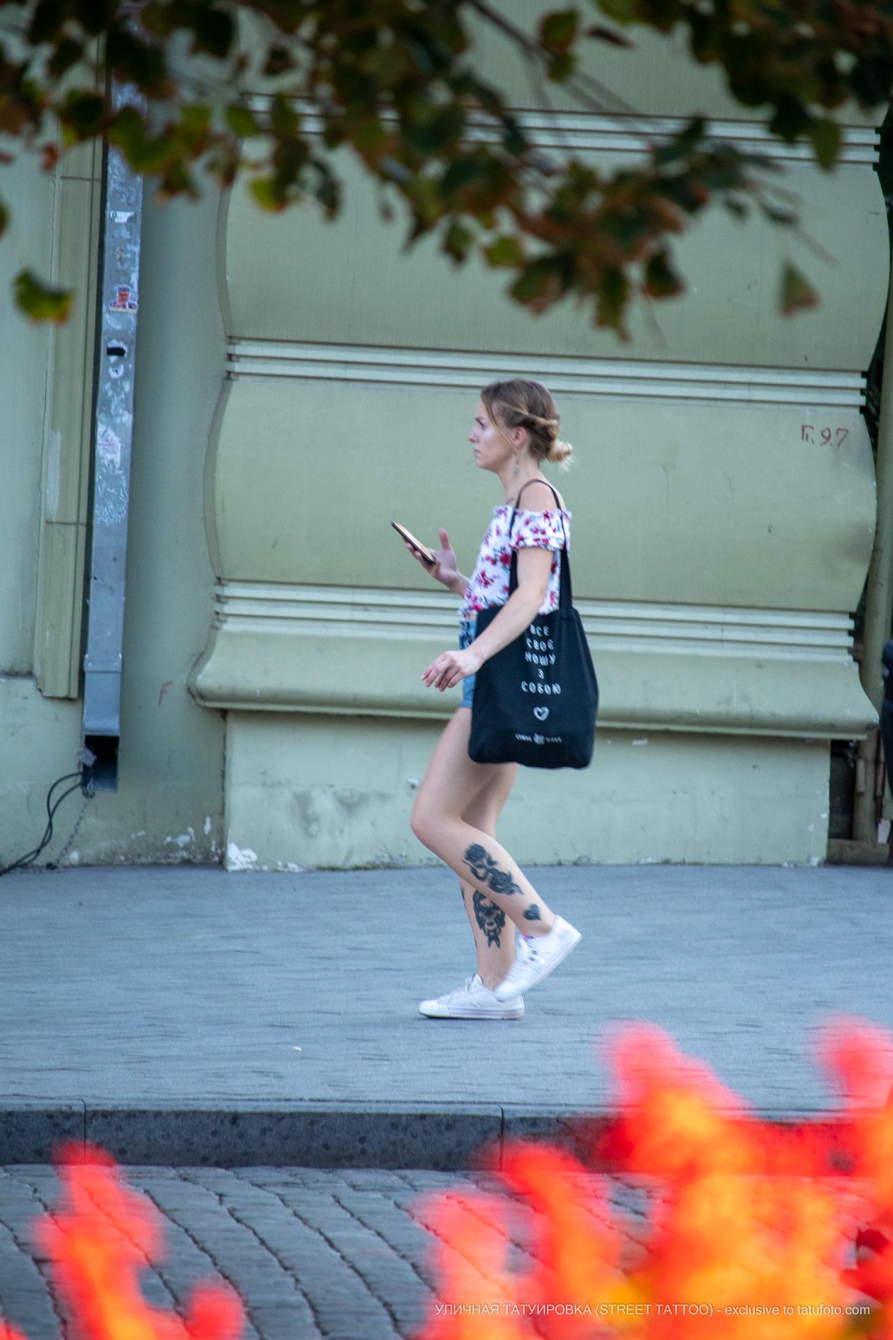 Тату сердце с цветком змеей и портретом девушки на ноге– 17.09.2020 – tatufoto.com 6
