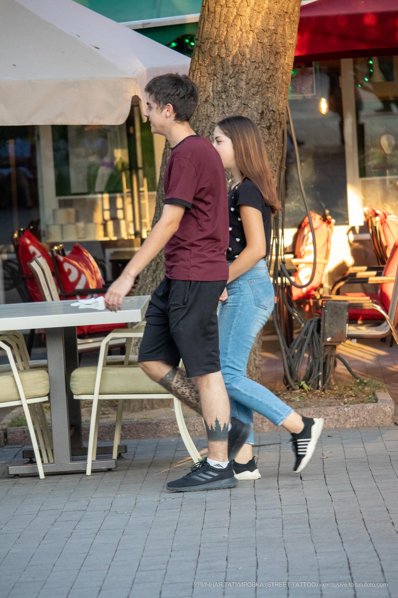 Тату силуэт леса и узоры внизу ноги парня – 17.09.2020 – tatufoto.com 9