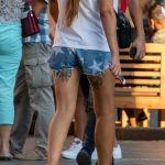 Тату с двумя бантиками под попой у девушки --Уличная тату-street tattoo-21.09.2020-tatufoto.com 9