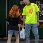 Тату с песочными часами на шее и страшная морда на руке мужчины --Уличная тату-street tattoo-21.09.2020-tatufoto.com 13