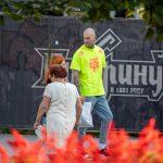 Тату с песочными часами на шее и страшная морда на руке мужчины --Уличная тату-street tattoo-21.09.2020-tatufoto.com 5