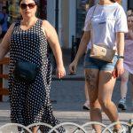 Тату с цветами и оскалом тигра выше колена у девушки --Уличная тату-street tattoo-21.09.2020-tatufoto.com 6
