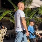 Тату череп и якорь на правом плече мужчины - Уличная татуировка 14.09.2020 – tatufoto.com 6