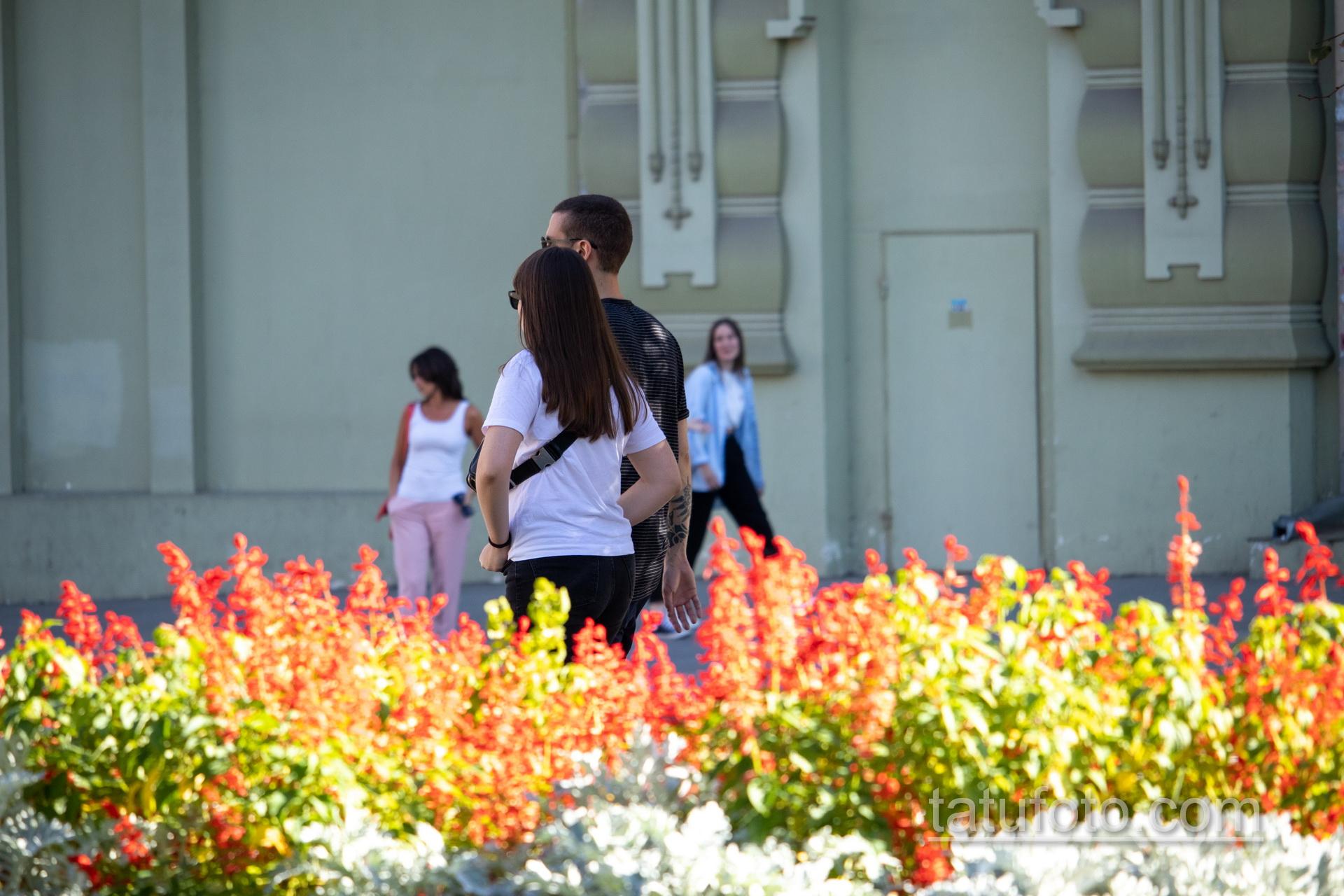 Черные тату скат и черепаха маори на руке парня - Уличная татуировка 14.09.2020 – tatufoto.com 13