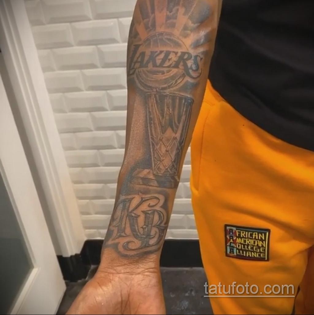 Новая татуировка репера Снуп Догга (Snoop Dogg) посвященная Лейкерс - фото 5