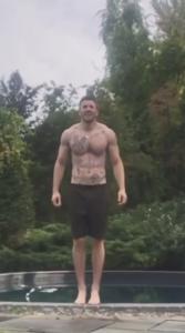 Новые или временные татуировки Криса Эванса - Капитана Америка - фото 2