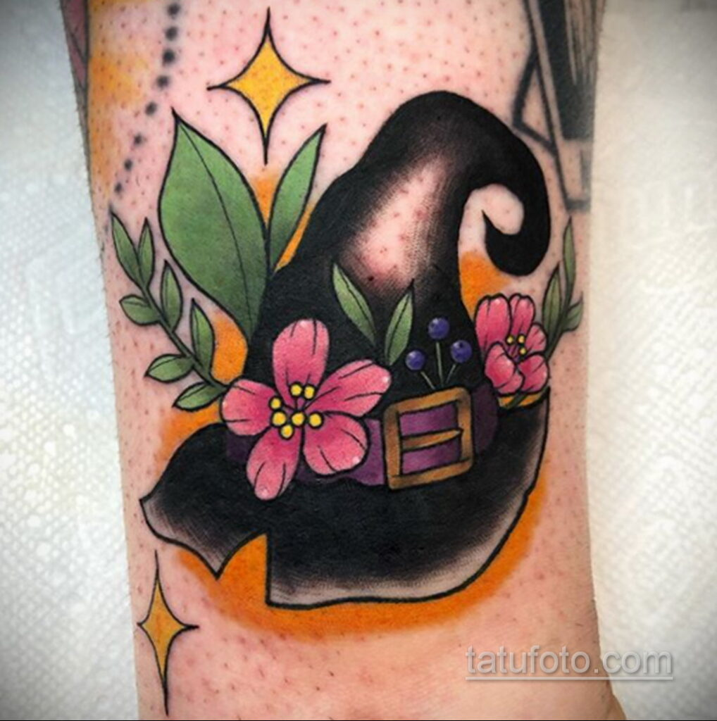 Рисунок татуировки с шляпой ведьмы или колпаком - фото - tatufoto.com 5