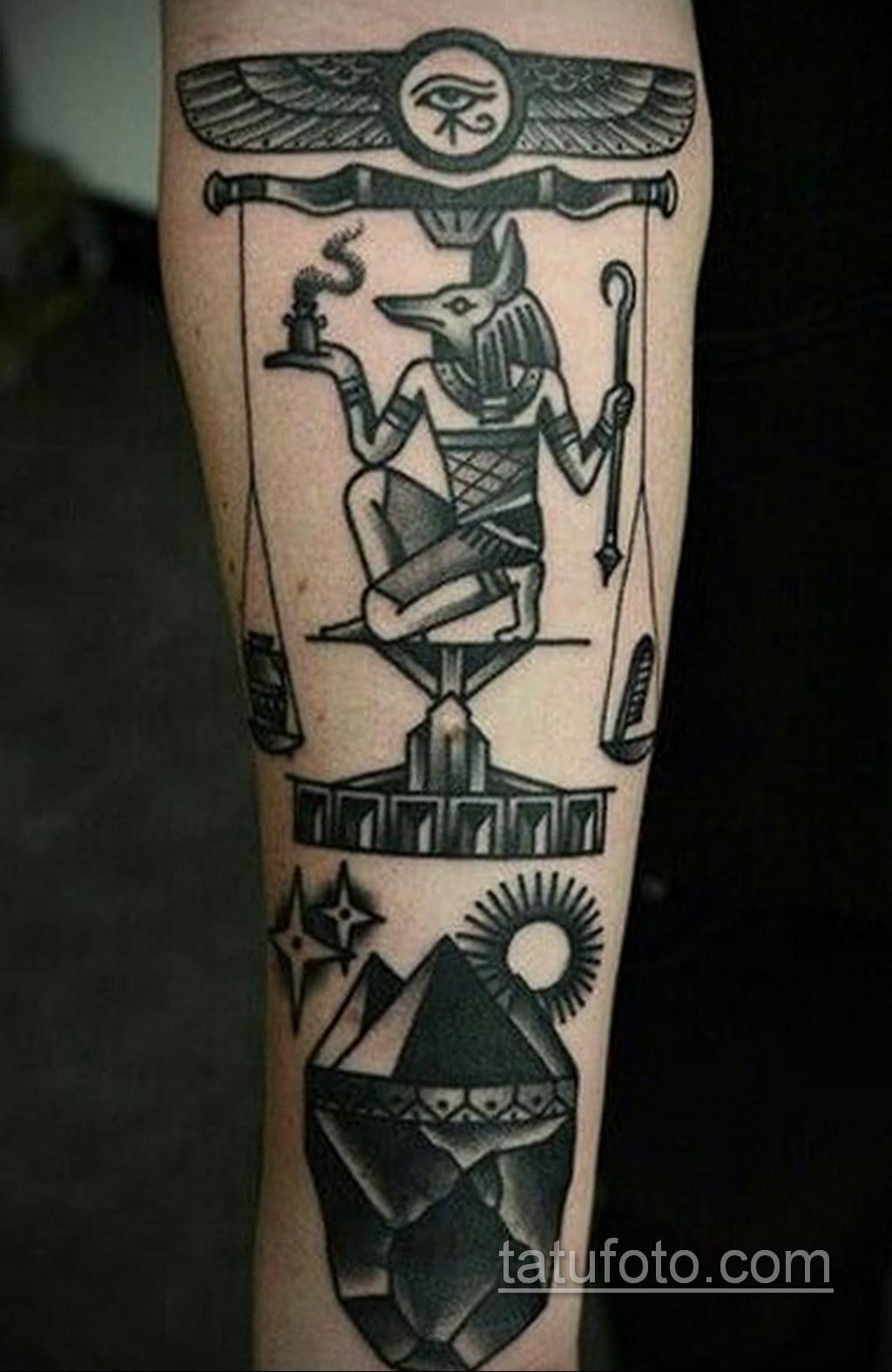 Фото анубис тату на предплечье 25.10.2020 №001 -forearm tattoo- tatufoto.com
