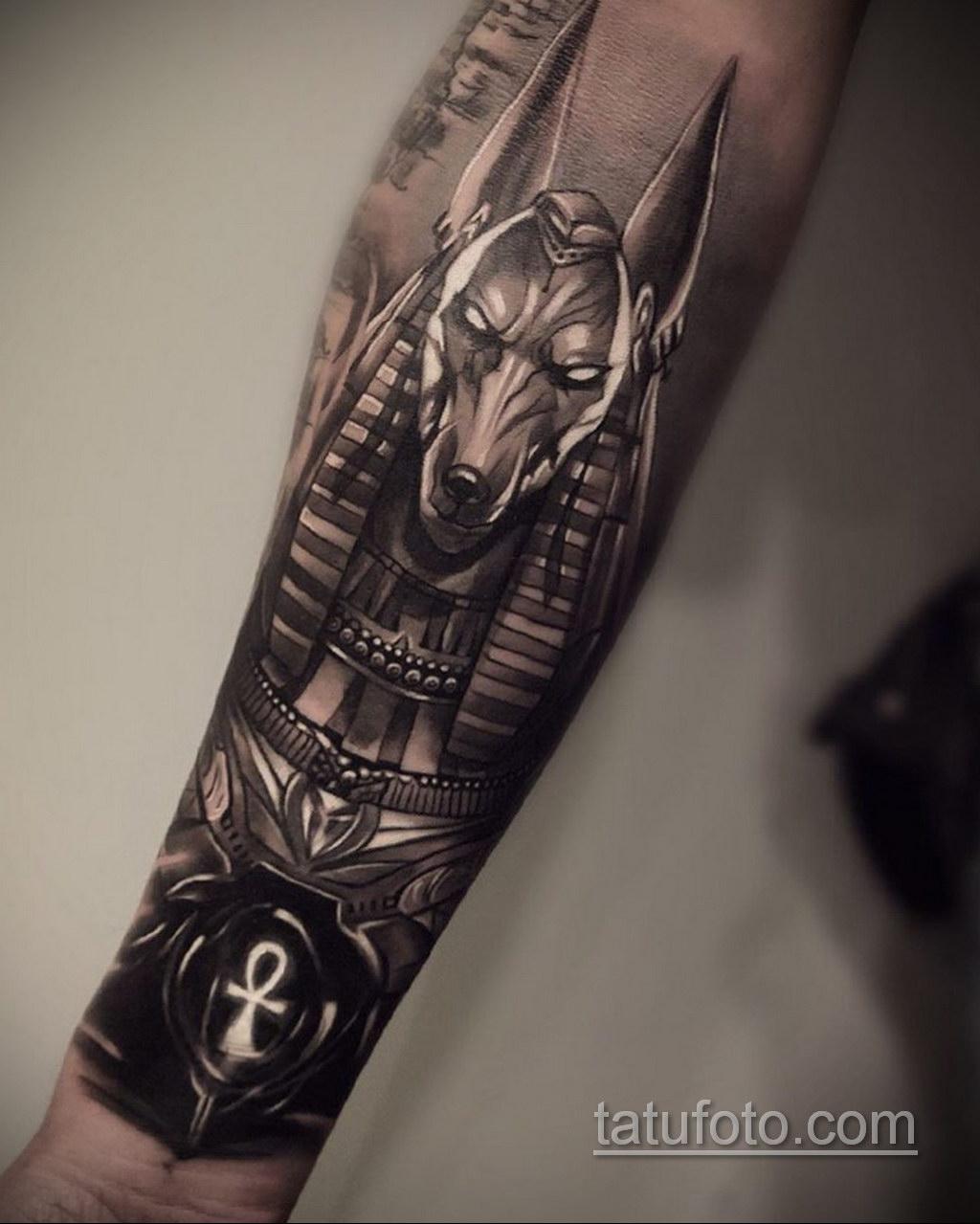 Фото анубис тату на предплечье 25.10.2020 №015 -forearm tattoo- tatufoto.com