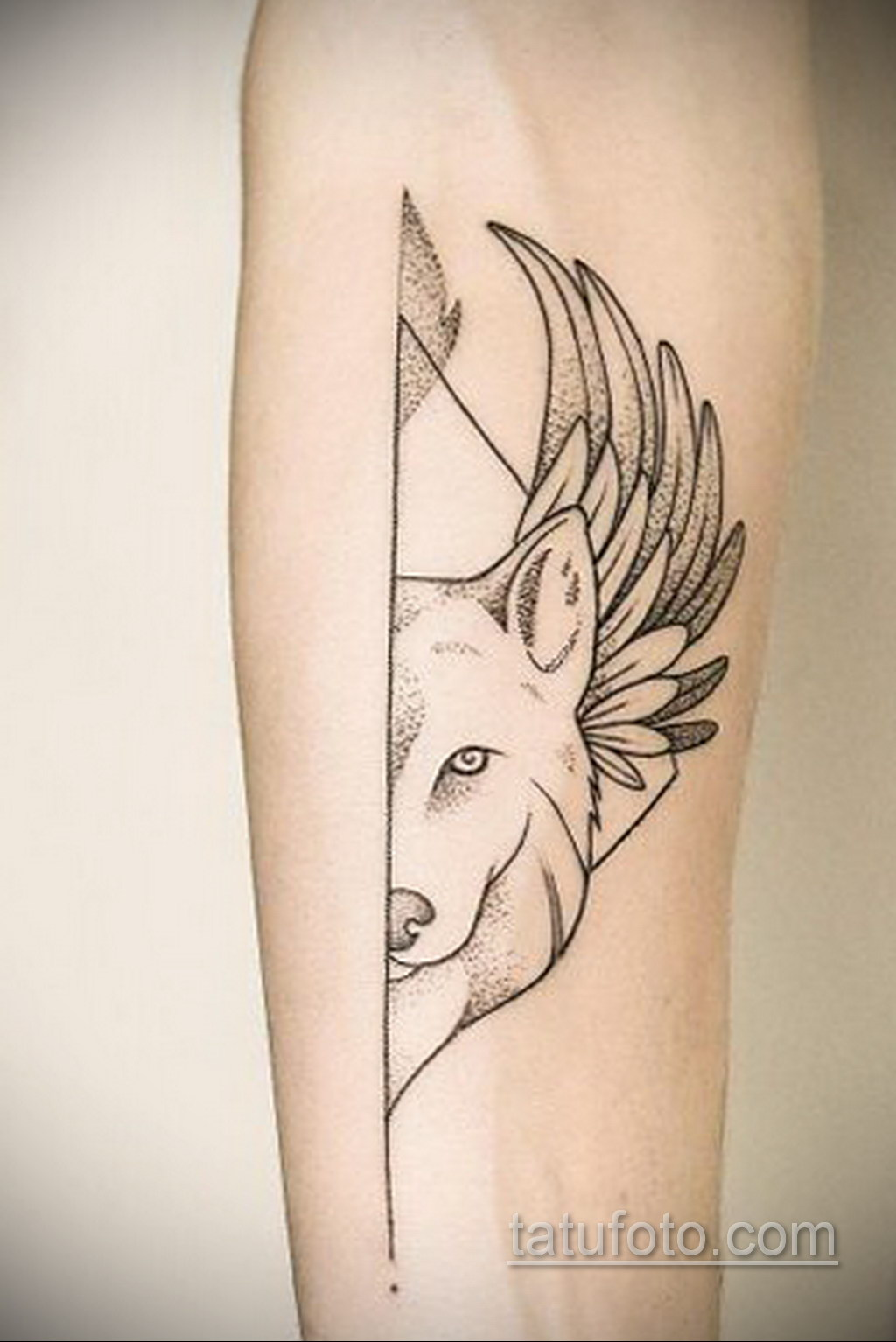 волк тату на предплечье 25.10.2020 №053 -forearm tattoo- tatufoto.com