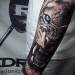 татуировка льва на предплечье 25.10.2020 №022 -forearm tattoo- tatufoto.com