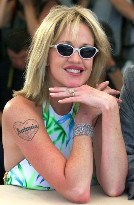 Мелани Гриффит тату - Melanie Griffith tattoo - фото 5