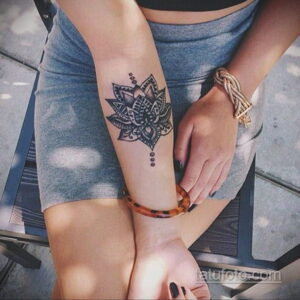 Рисунок тату хной для девушки 28.11.2020 №071 -henna tattoo for girl- tatufoto.com