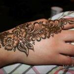 Фото интересного рисунка хной на теле 13.11.2020 №389 -henna tattoo- tatufoto.com