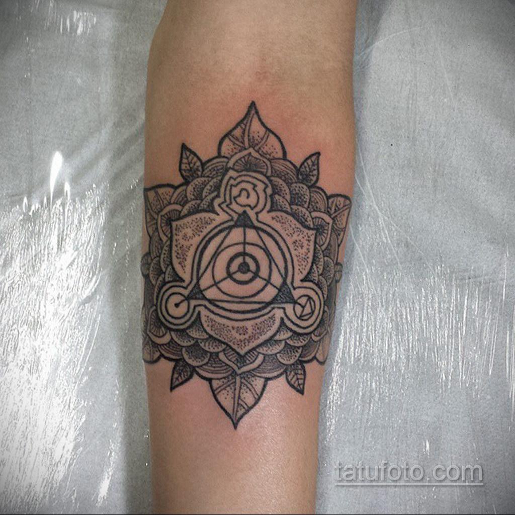 Фото рисунка тату мандала 22.11.2020 №159 -Mandala tattoo- tatufoto.com