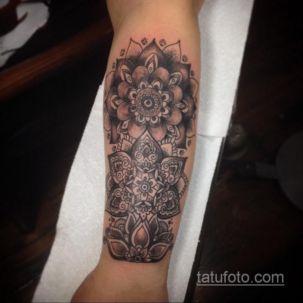Фото рисунка тату мандала 22.11.2020 №258 -Mandala tattoo- tatufoto.com