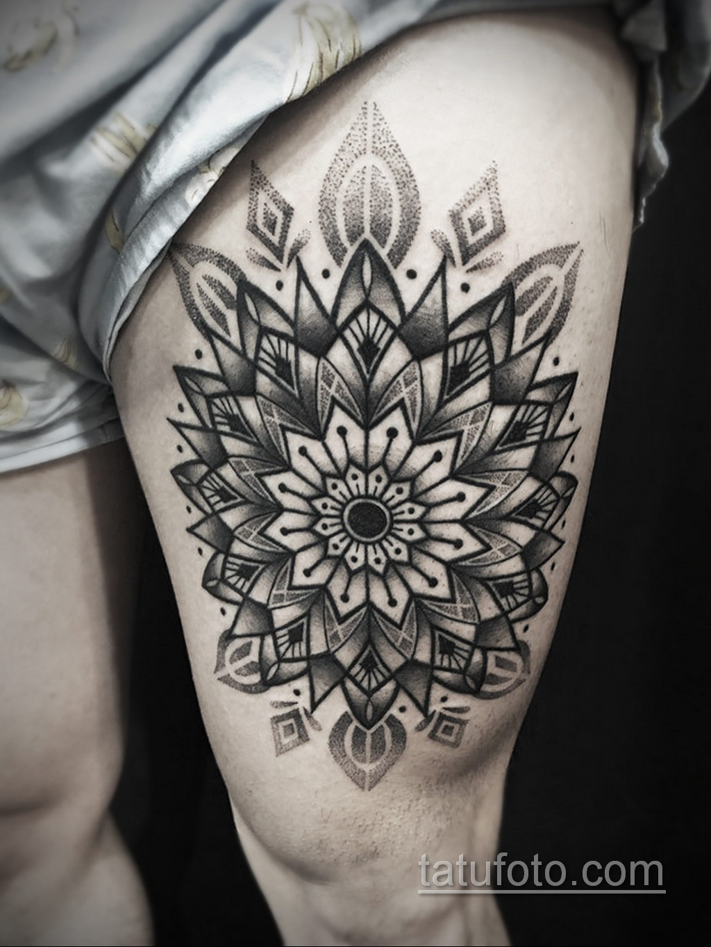 Фото рисунка тату мандала 22.11.2020 №450 -Mandala tattoo- tatufoto.com