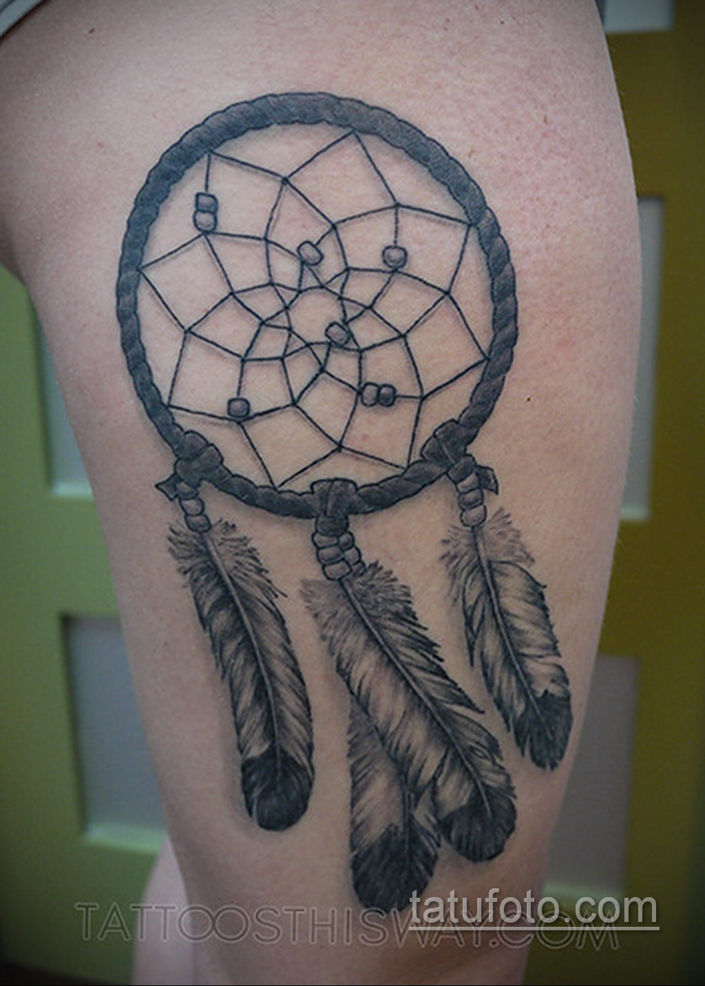Фото рисунка тату с ловцом снов 22.11.2020 №413 -Dreamcatcher tattoo- tatufoto.com