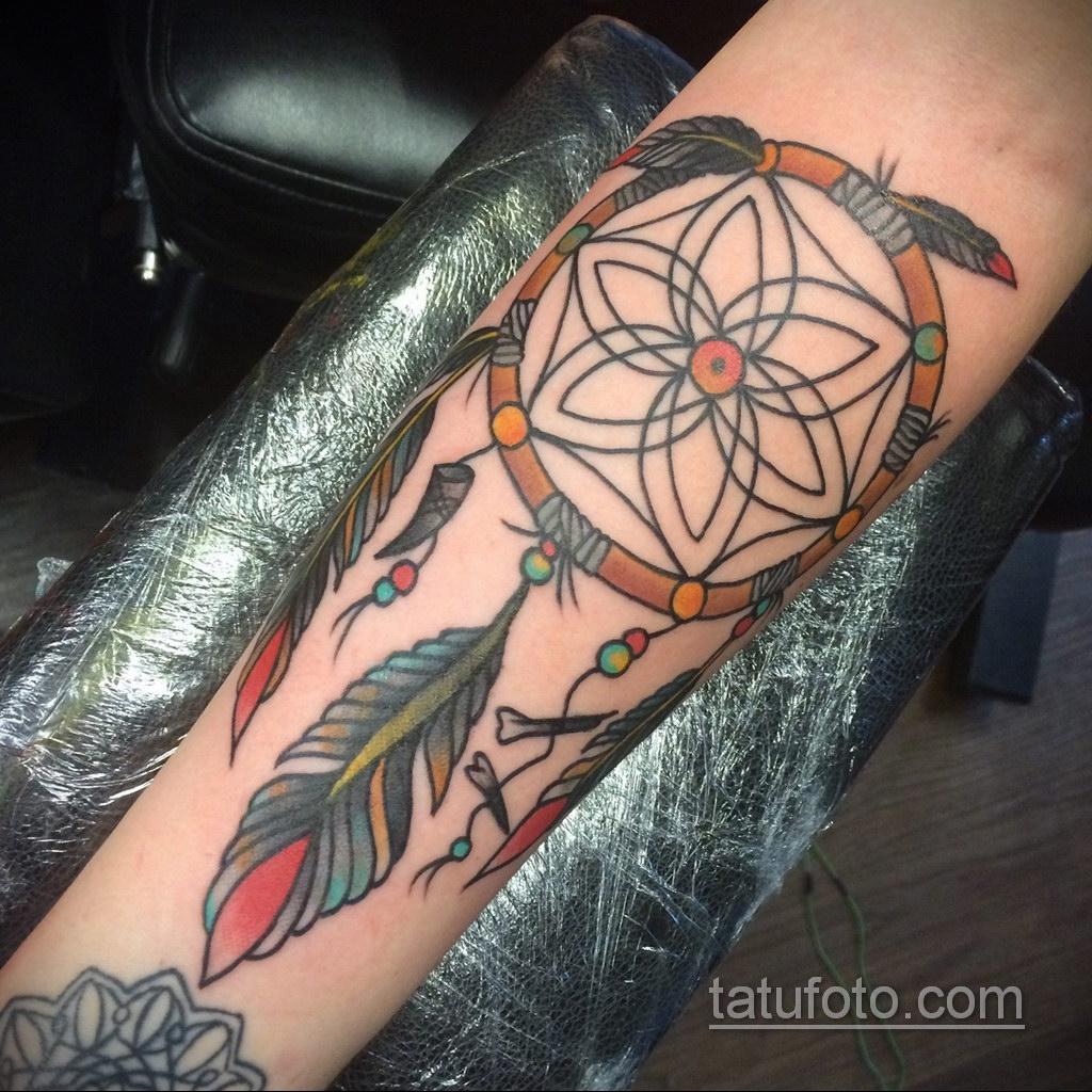 Фото рисунка тату с ловцом снов 22.11.2020 №423 -Dreamcatcher tattoo- tatufoto.com