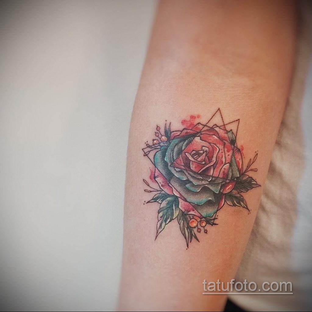 Фото рисунка тату с треугольником 22.11.2020 №032 -triangle tattoo- tatufoto.com