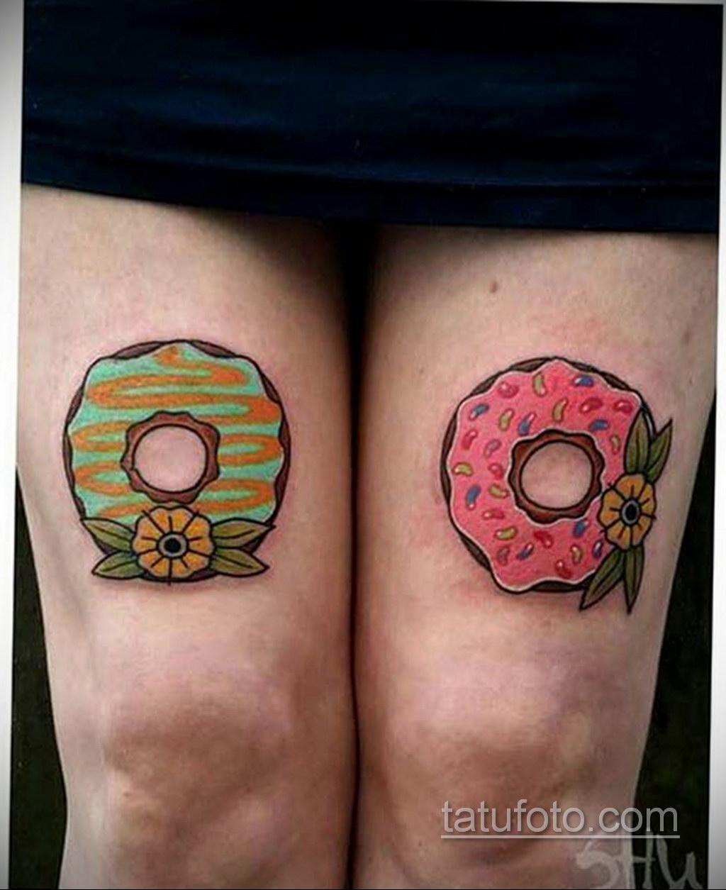 Фото татуировки с пончиком 22.11.2020 №036 -donut tattoo- tatufoto.com