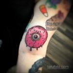 Фото татуировки с пончиком 22.11.2020 №208 -donut tattoo- tatufoto.com
