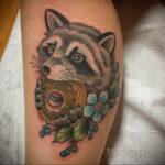 Фото татуировки с пончиком 22.11.2020 №211 -donut tattoo- tatufoto.com