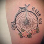 Пример рисунка татуировки про велосипед 15.12.2020 №250 -bike tattoo- tatufoto.com
