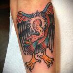 Пример рисунка татуировки птица Гриф 13.12.2020 №431 -tattoo vulture- tatufoto.com
