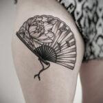 Пример рисунка татуировки с веером 13.12.2020 №136 -fan tattoo- tatufoto.com
