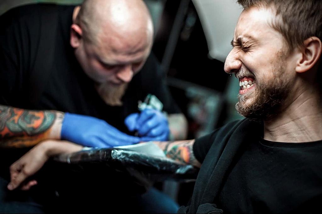 Боль при нанесении тату - tattoo pain - фото 26012021 1
