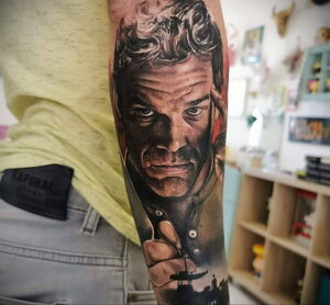 Декстер Морган – фото тату 13.01.2021 №0012 -Dexter morgan tattoo- tatufoto.com