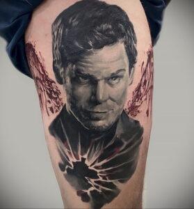Декстер Морган – фото тату 13.01.2021 №0014 -Dexter morgan tattoo- tatufoto.com