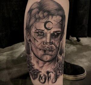 Декстер Морган – фото тату 13.01.2021 №0030 -Dexter morgan tattoo- tatufoto.com