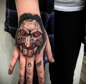 Джон Крамер (Пила) – фото тату 13.01.2021 №0001 -saw tattoo- tatufoto.com