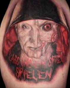 Джон Крамер (Пила) – фото тату 13.01.2021 №0022 -saw tattoo- tatufoto.com