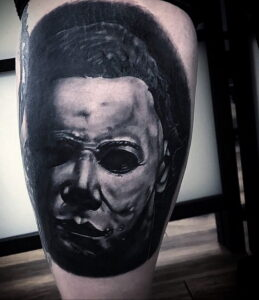 Майкл Майерс – фото тату 13.01.2021 №0006 -Michael Myers tattoo- tatufoto.com