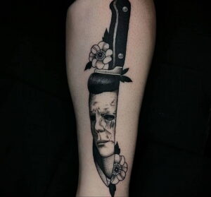 Майкл Майерс – фото тату 13.01.2021 №0012 -Michael Myers tattoo- tatufoto.com