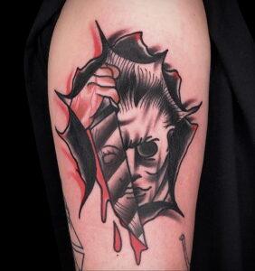 Майкл Майерс – фото тату 13.01.2021 №0026 -Michael Myers tattoo- tatufoto.com