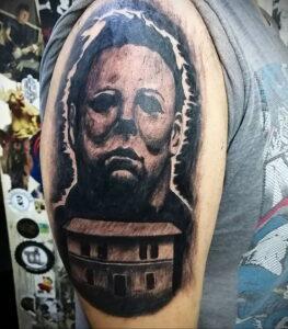 Майкл Майерс – фото тату 13.01.2021 №0056 -Michael Myers tattoo- tatufoto.com