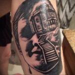 Норман Бейтс – фото тату 13.01.2021 №0023 -Norman Bates tattoo- tatufoto.com