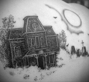 Норман Бейтс – фото тату 13.01.2021 №0025 -Norman Bates tattoo- tatufoto.com