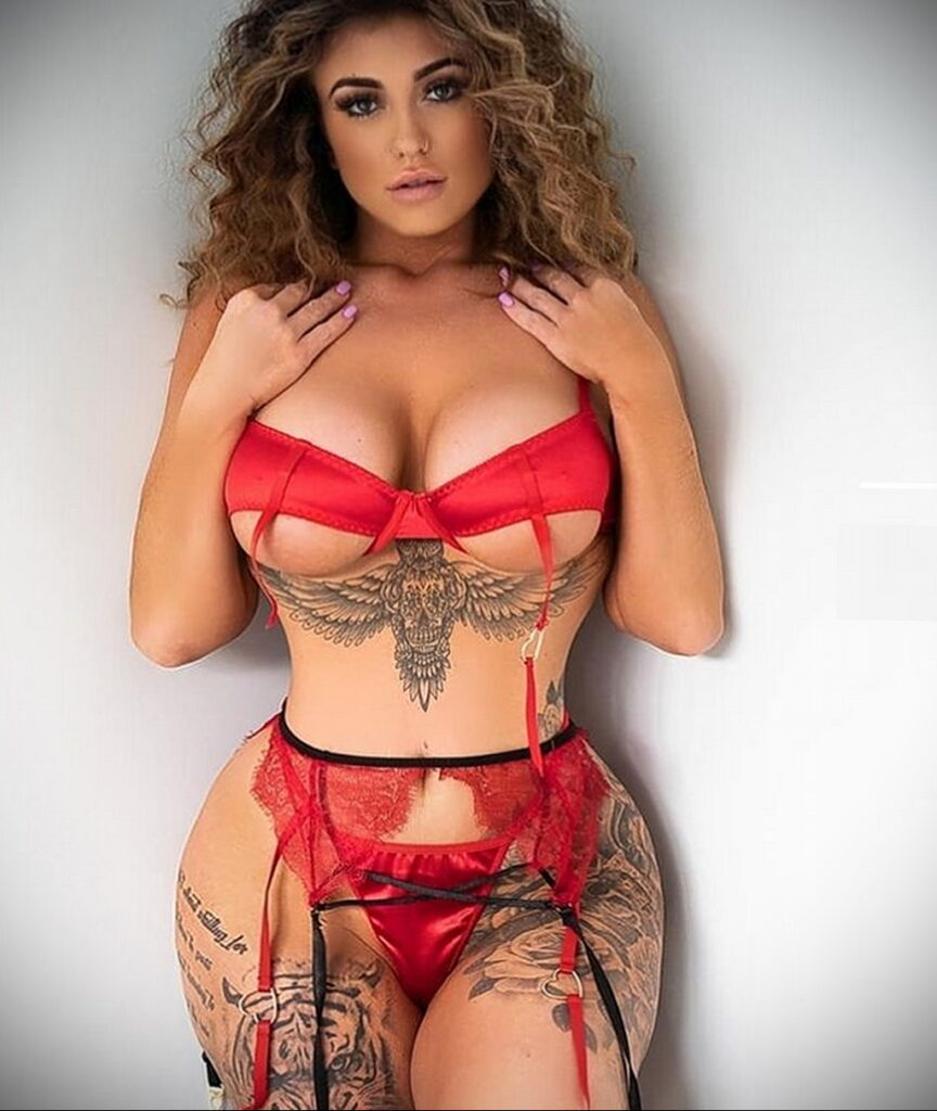 Тату Ханна Джейн Хотчкис 12.01.2021 №0069 -Hannah Jane Hotchkiss tattoo- tatufoto.com