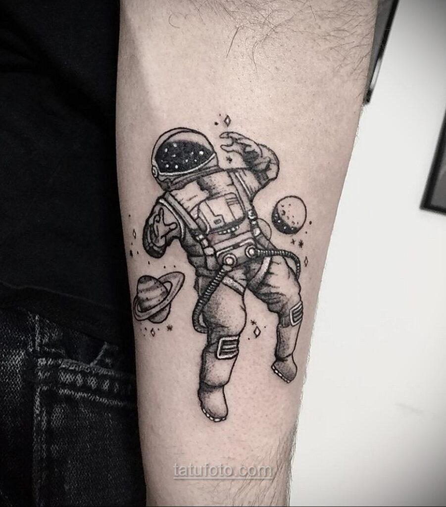 Тату астрономия и космос 11.01.2021 №0191 -astronomy and space tattoo- tatufoto.com
