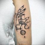Тату астрономия и космос 11.01.2021 №0238 -astronomy and space tattoo- tatufoto.com